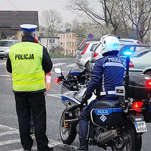 Pijany motorowerzysta wjechał na autostradę