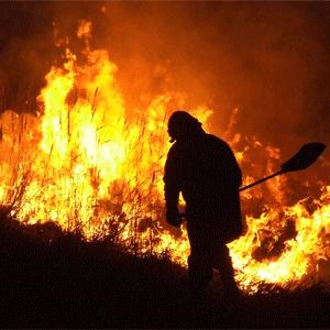 Pięć pożarów, dwie kolizje i poszukiwania zaginionej, czyli święta strażaków